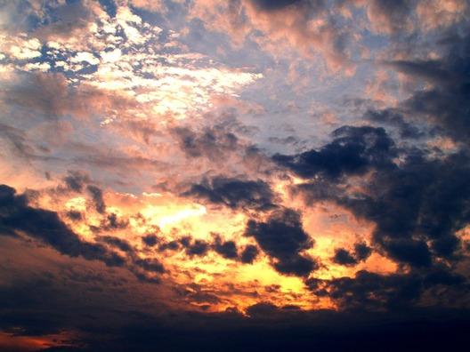 clouds-142299_960_720