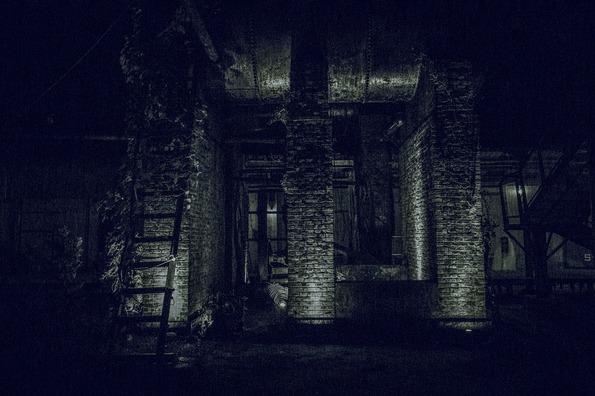 dark-3303067_960_720