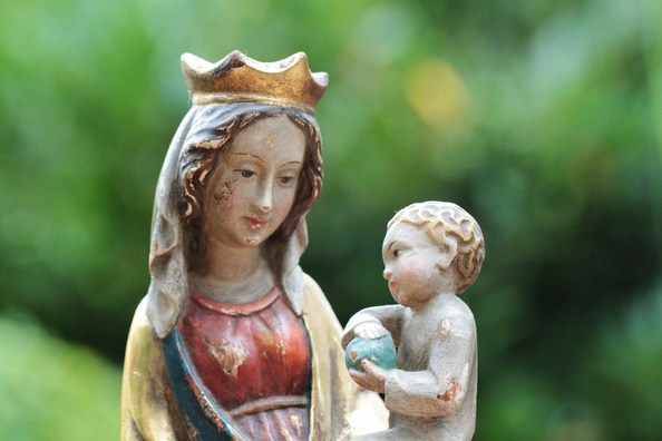 mother-of-god-453514_1920
