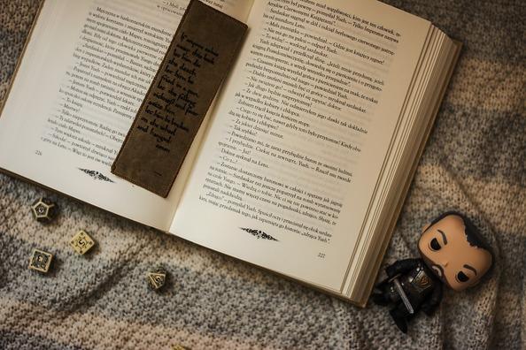 book-2395134_960_720
