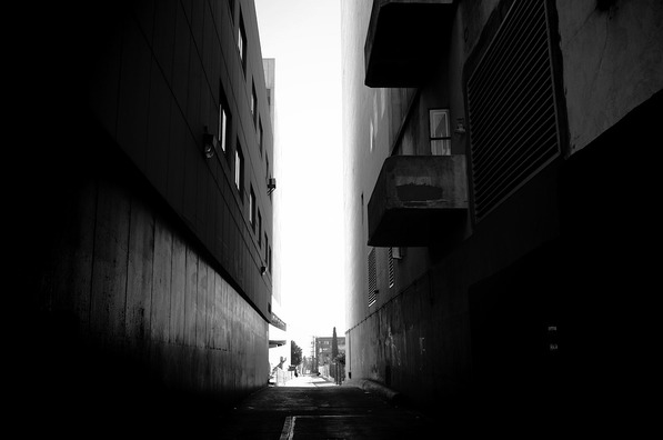 alley-4668809_960_720