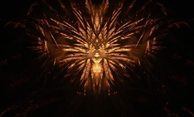 fireworks-2847814_960_720