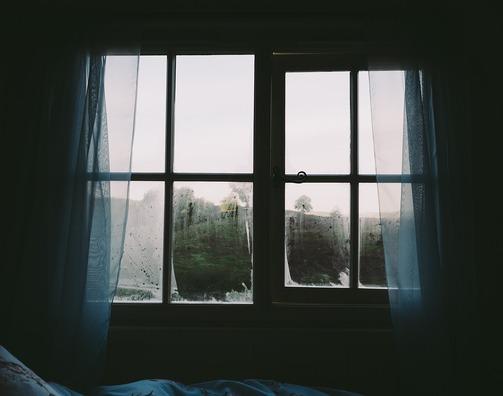 bedroom-2619266_960_720