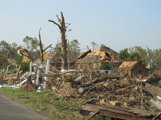 tornado-1650683_960_720