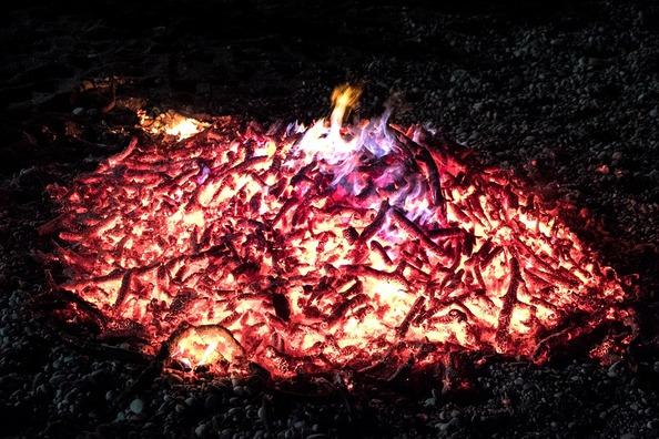fire-2438324_960_720
