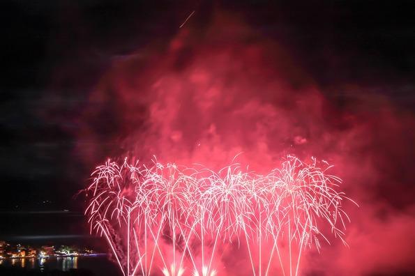 fireworks-393196_960_720
