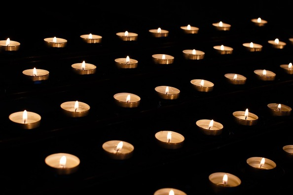 candle-1521246_960_720