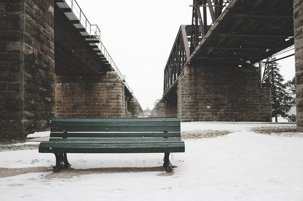 bench-1148971_960_720