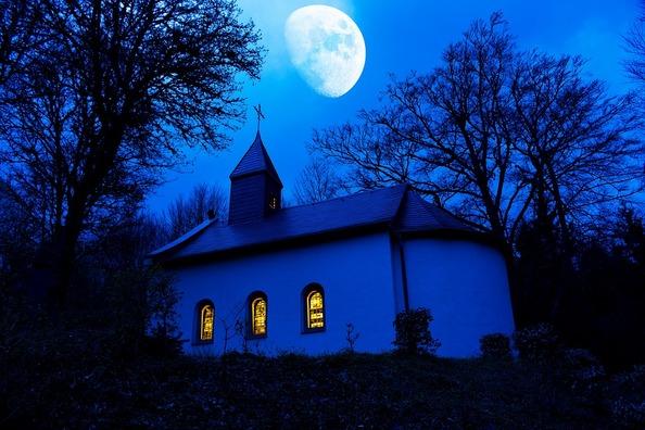 chapel-2326130_960_720