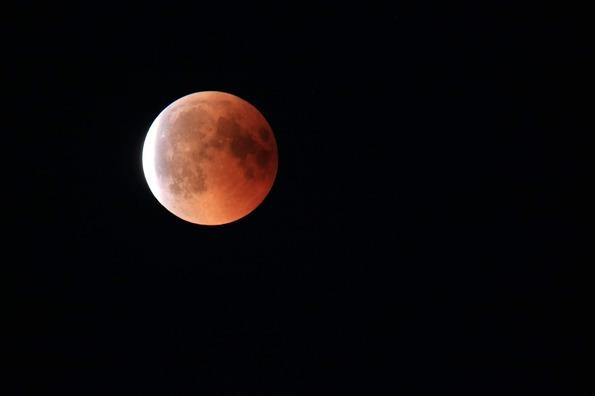 lunar-eclipse-3585673_960_720