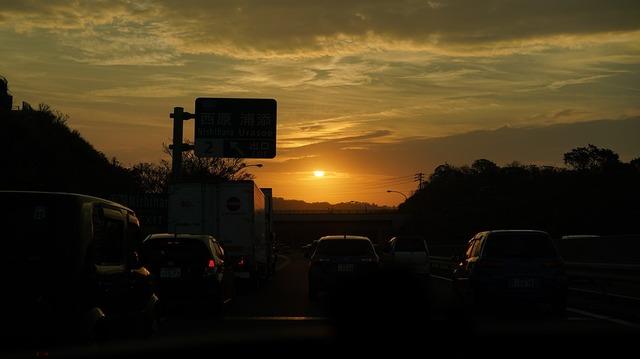 sunset-3753013_960_720