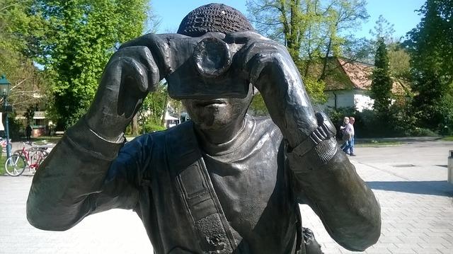 sculpture-1324042_960_720