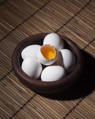 eggs-918437_960_720