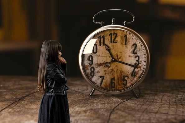 clock-3642011_960_720
