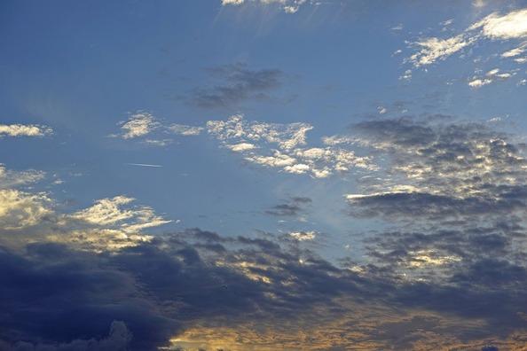sky-2858008_960_720