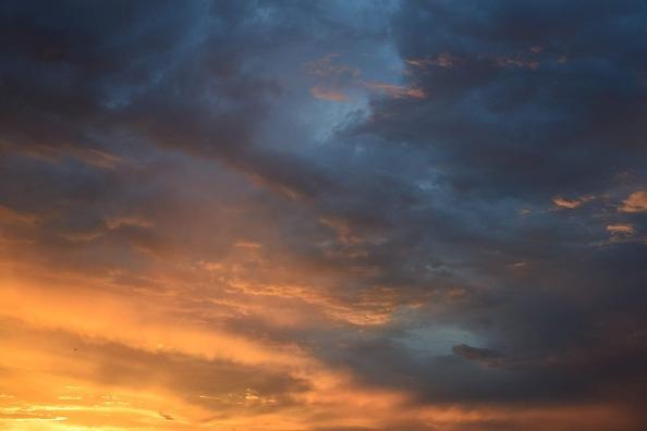 clouds-2328231_960_720