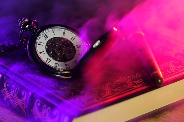 clock-3179159_960_720