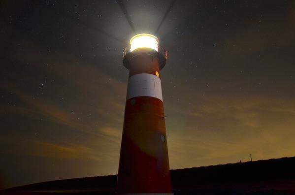 lighthouse-1031436_960_720