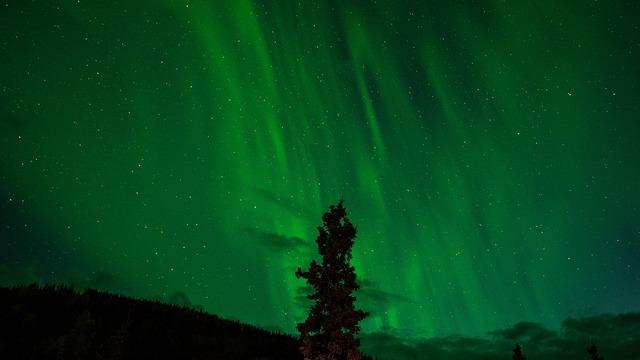 northern-lights-1149130_960_720