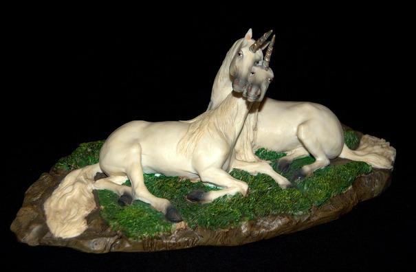 unicorns-1778962_960_720