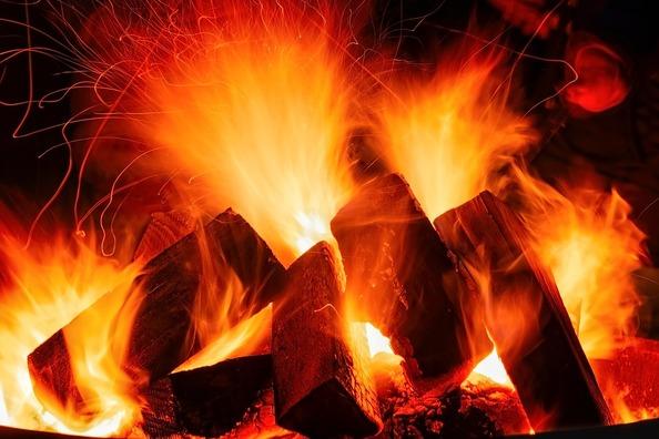 open-fire-3879031_960_720