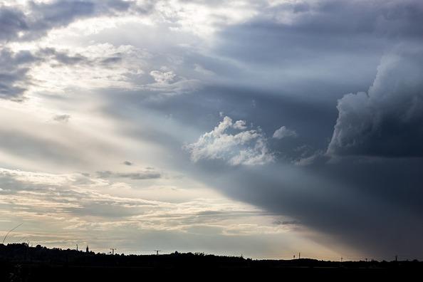 overcast-2387711_960_720
