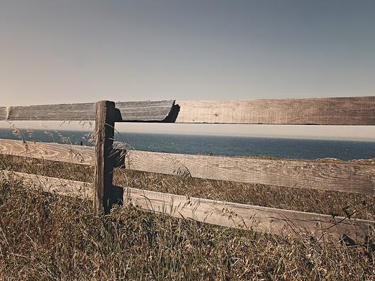 fence-238475_960_720