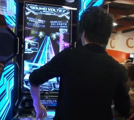 台湾のイベントでDJ YOSHITAKAがSOUND VOLTEXを披露!