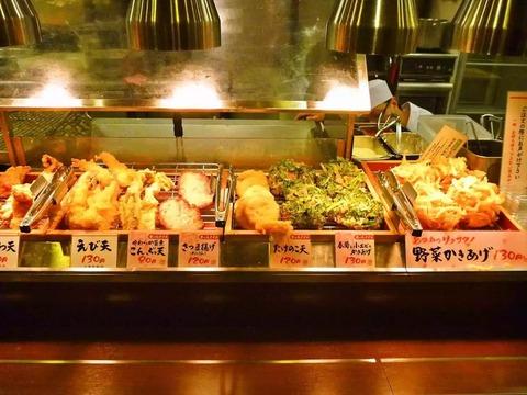 【丸亀製麺】うどん受け取ってからレジまで進む間の誘惑ゾーン(画像あり)