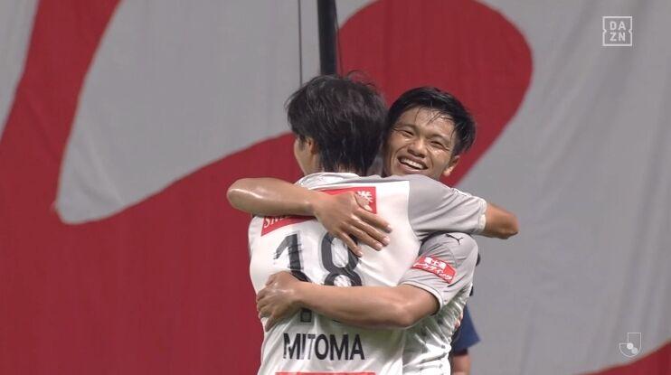 【J1第10節 札幌×川崎F】川崎が今季最多6ゴールでJ1タイ記録の9連勝!好調の三笘は公式戦4試合で6ゴール