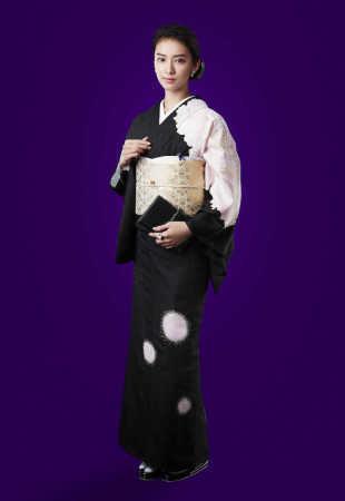 武井咲「黒革の手帖」主演 先輩・米倉涼子以来13年ぶり連ドラ化