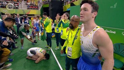 【リオ五輪】体操・床決勝で白井健三がミス連発でメダル逃す失態・・・普通にやれば金メダル確実もプレッシャーで4位に終わる・・