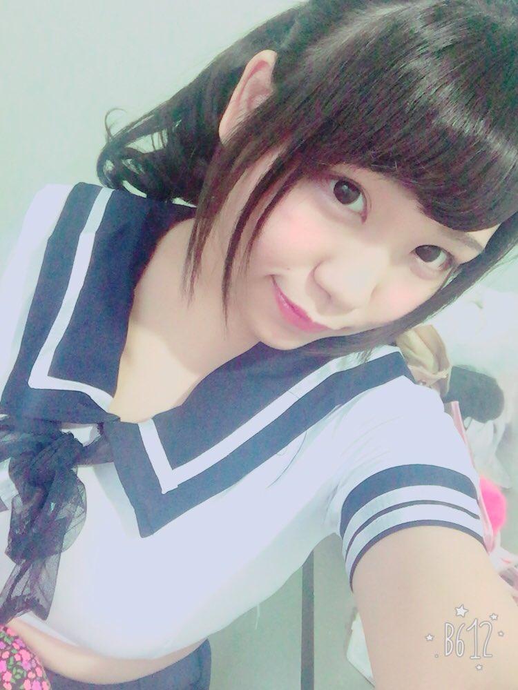 【自撮り】Iカップ美女「サービスショット♥ 今とった」胸ドキンちゃんがドキドキ