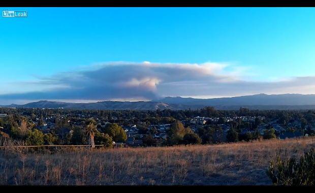 2015年のイタリア、サンタクルーズの山火事。
