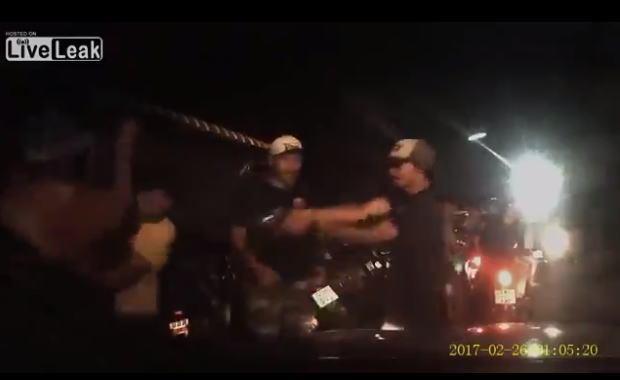 車を運転中、目の前で起こった銃撃事件。