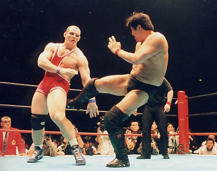 信頼が結実した世紀の一戦 前田日明、最強カレリンとの引退マッチ
