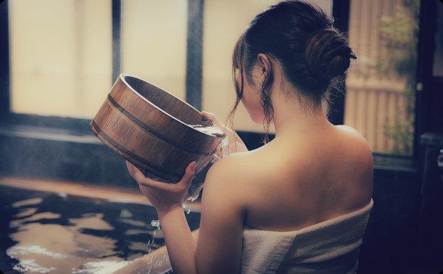 女性の入浴