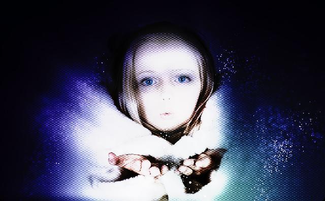 夜中に向かいの女の子の声がした → 女の子「ちょっと星空を散歩してきまーす」→ 俺「夢?」→ 翌朝、向かいのおばさん「ウチの娘がいないんです!」→ なんと…