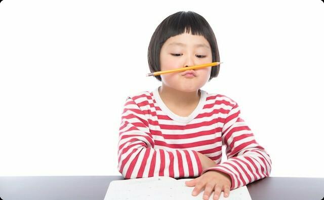 私(小4)「アルプスの少女ハイジで読書感想文を書こう!」→ 原稿用紙3枚にまとめて提出 → 担任「0点。書き直し」私「え?」→ その理由が…