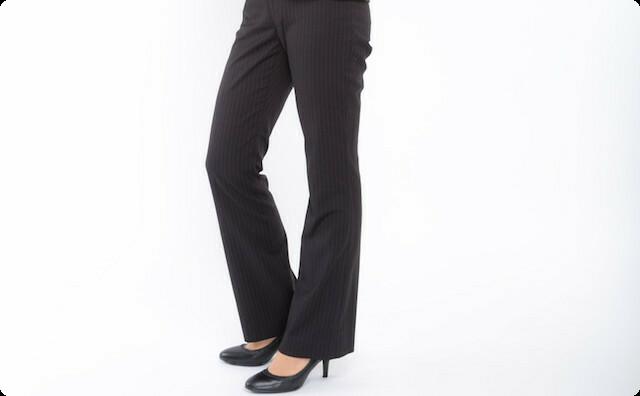 就活用にパンツスーツを購入すると、彼氏「女性の正装はスカート。パンツスーツなんて論外だろうが!(怒」私「めんどい。別れる」→ そしたらなんと…
