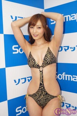 池田夏希最新DVD「羞花閉月」をソフマップでPR6