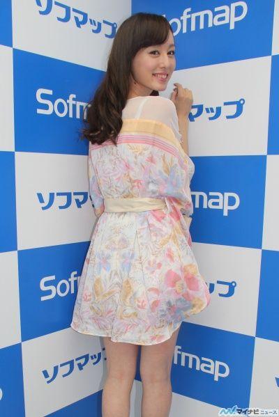秋山莉奈、DVD『美尻物語』をPR3