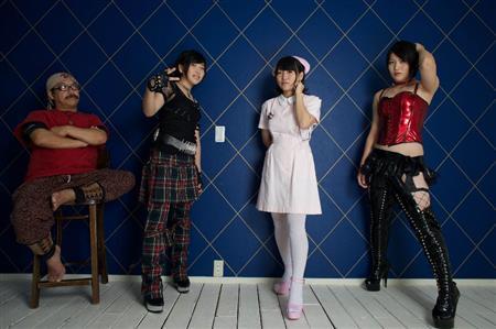 柔美、詩美、都美のビッグダディ3姉妹が「FLASH」でグラビアに初挑戦戦12