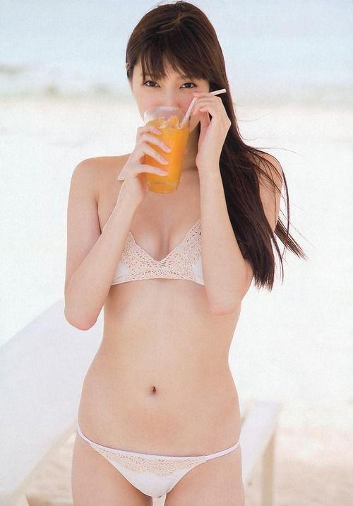 新川優愛水着グラビア (27)