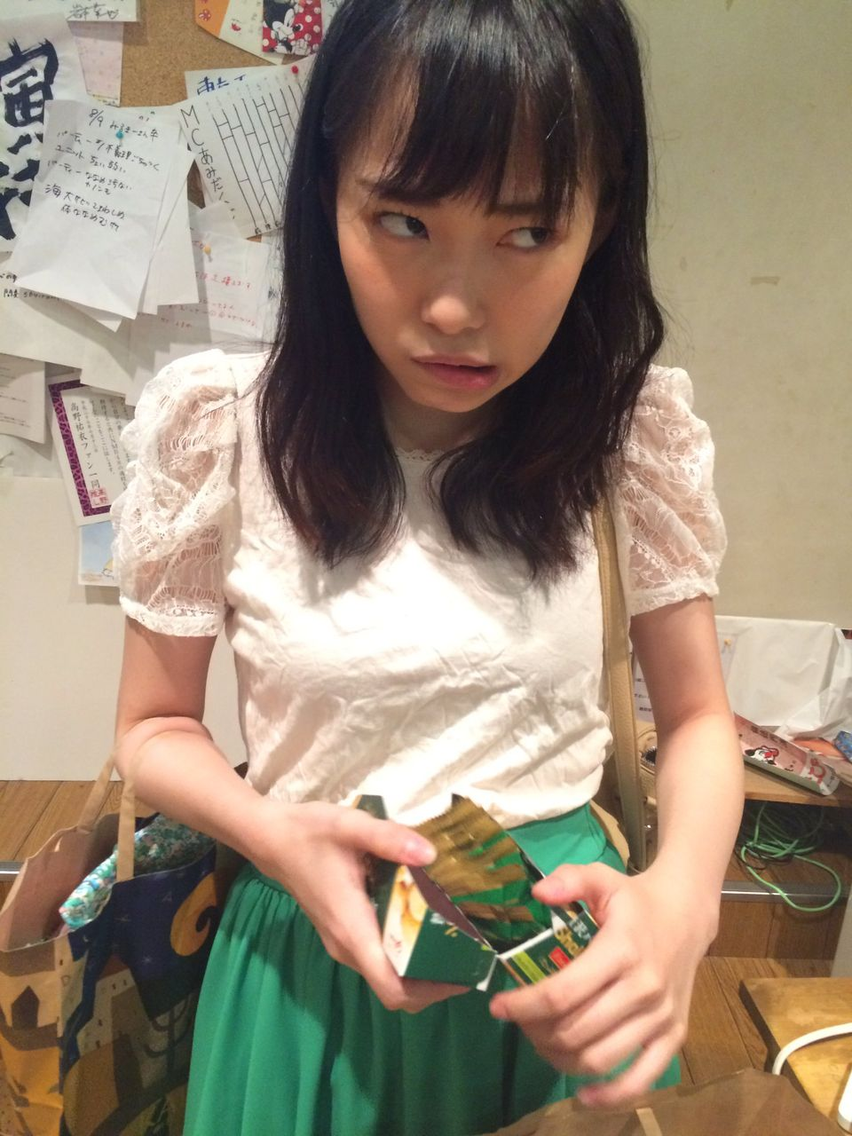 【NMB48】石塚朱莉が抹茶クッキーを食べたぁあああああ!!!!