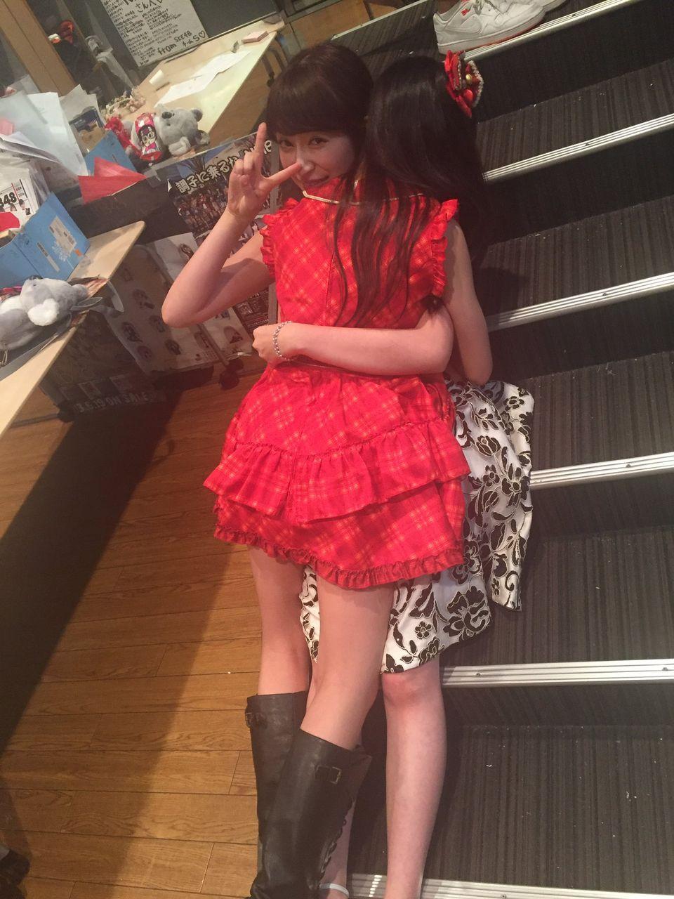 みるきーの卒業が悲しすぎて号泣する子供出現wwwwwwww【渡辺美優紀/西仲七海】