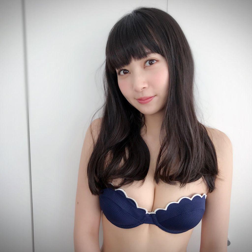 【NMB48】北海道出身・堀詩音の美白初グラビアキタ━━(゚∀゚)━!!「 #恥ずかしいけど載せるね 」