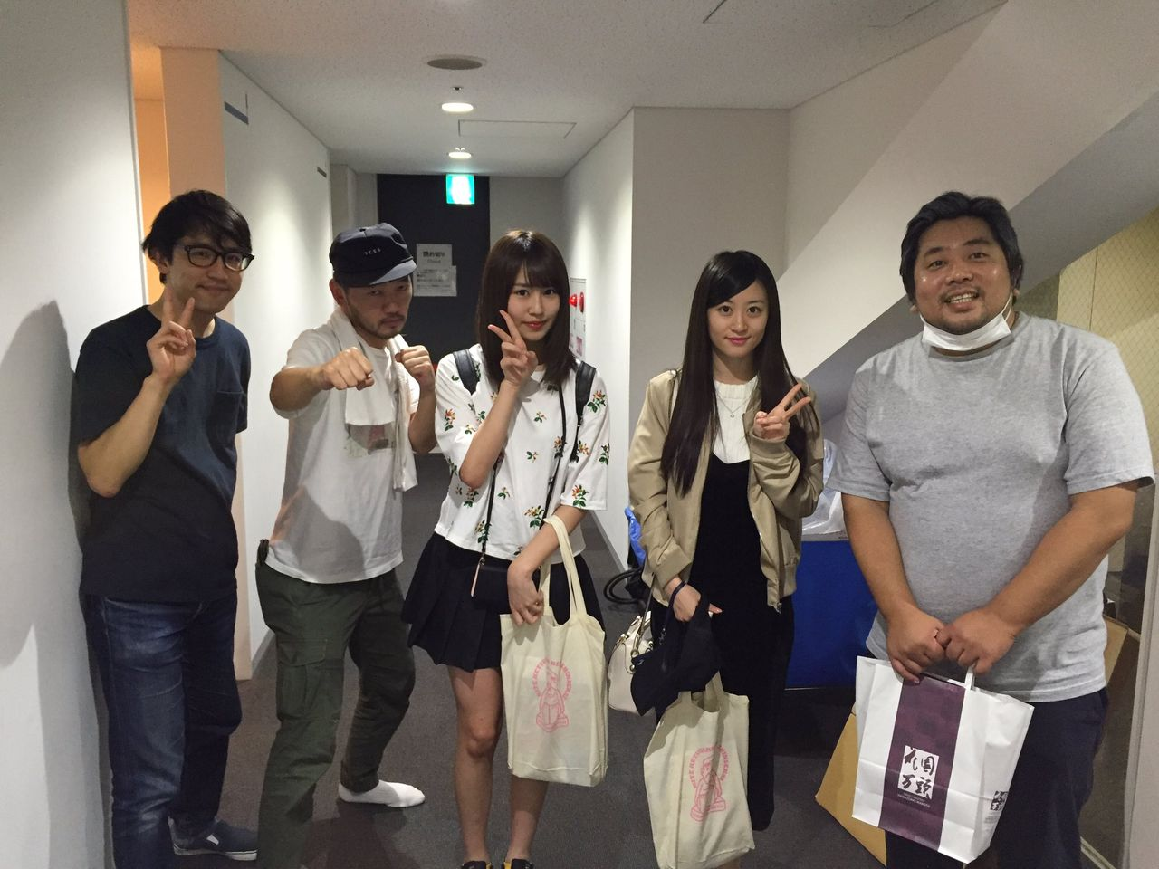 【NMB48】古賀成美・上西恵、ヨーロッパ企画の舞台を観劇