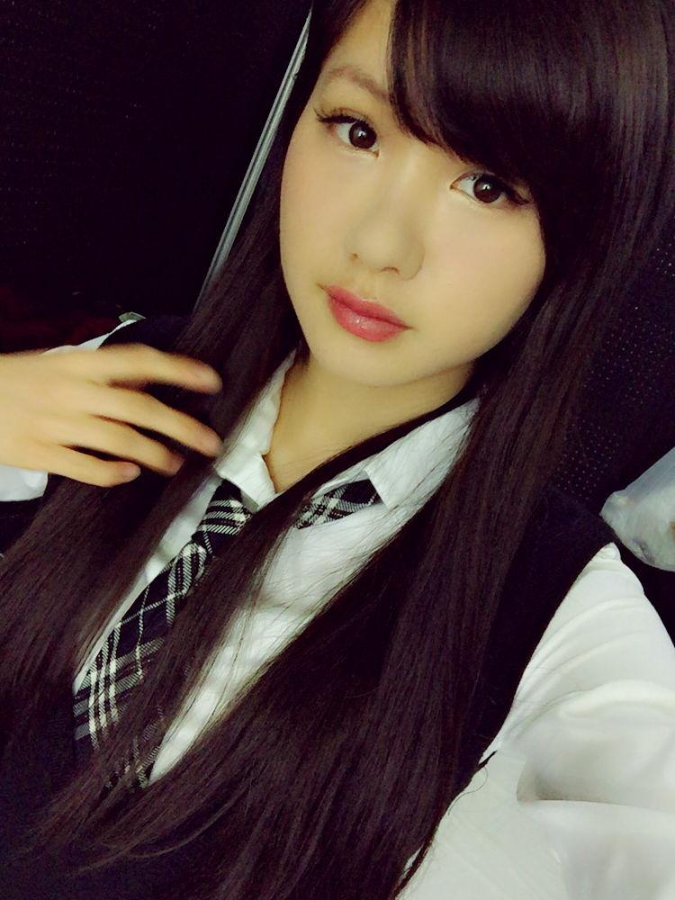 【朗報】NMB 谷川愛梨ちゃんのきゅうりを咥える画像がエロすぎる・・・