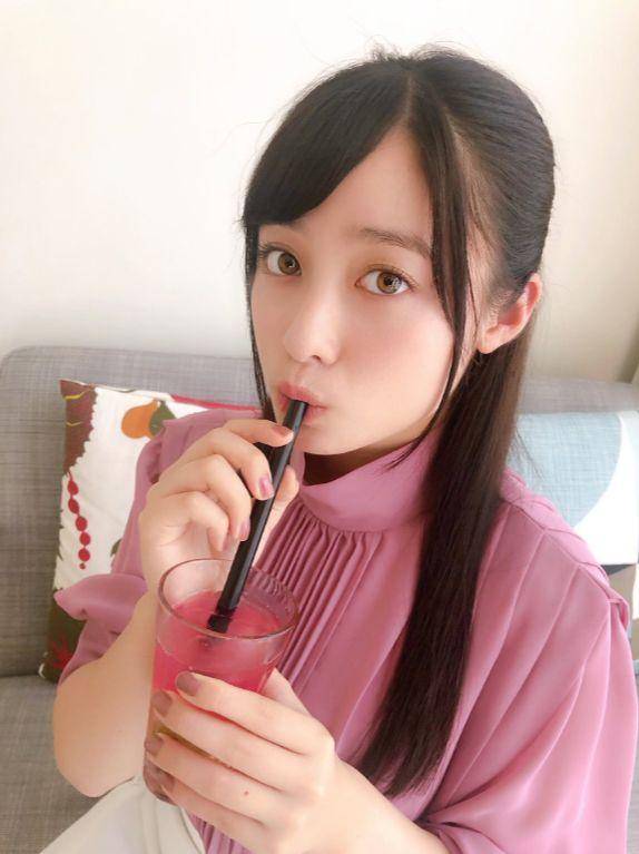 【朗報】橋本環奈ちゃん、タピオカをお召しになる